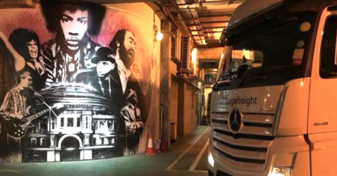 urban art and stagefreight truck